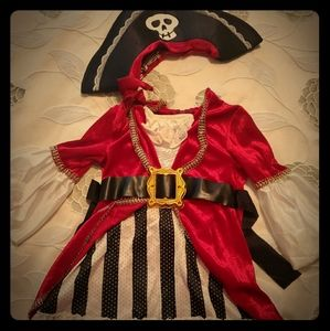 ❤🤍🖤 Girls Pirate Costume Sz. 2T- 3T 🖤🤍❤